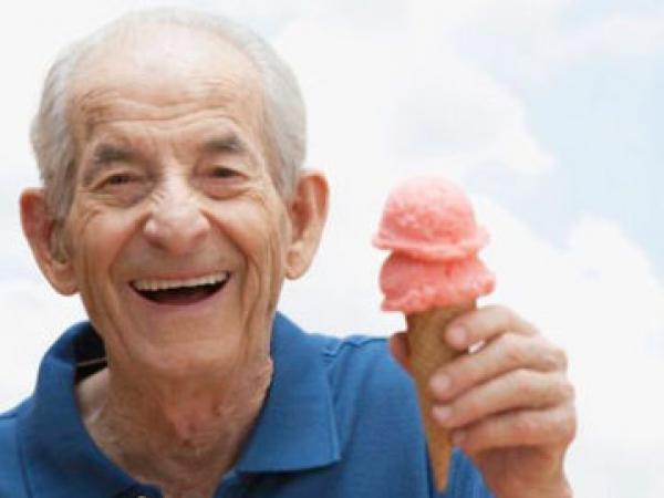 5 Ways Seniors Can Avoid the Summer Heat in Phoenix